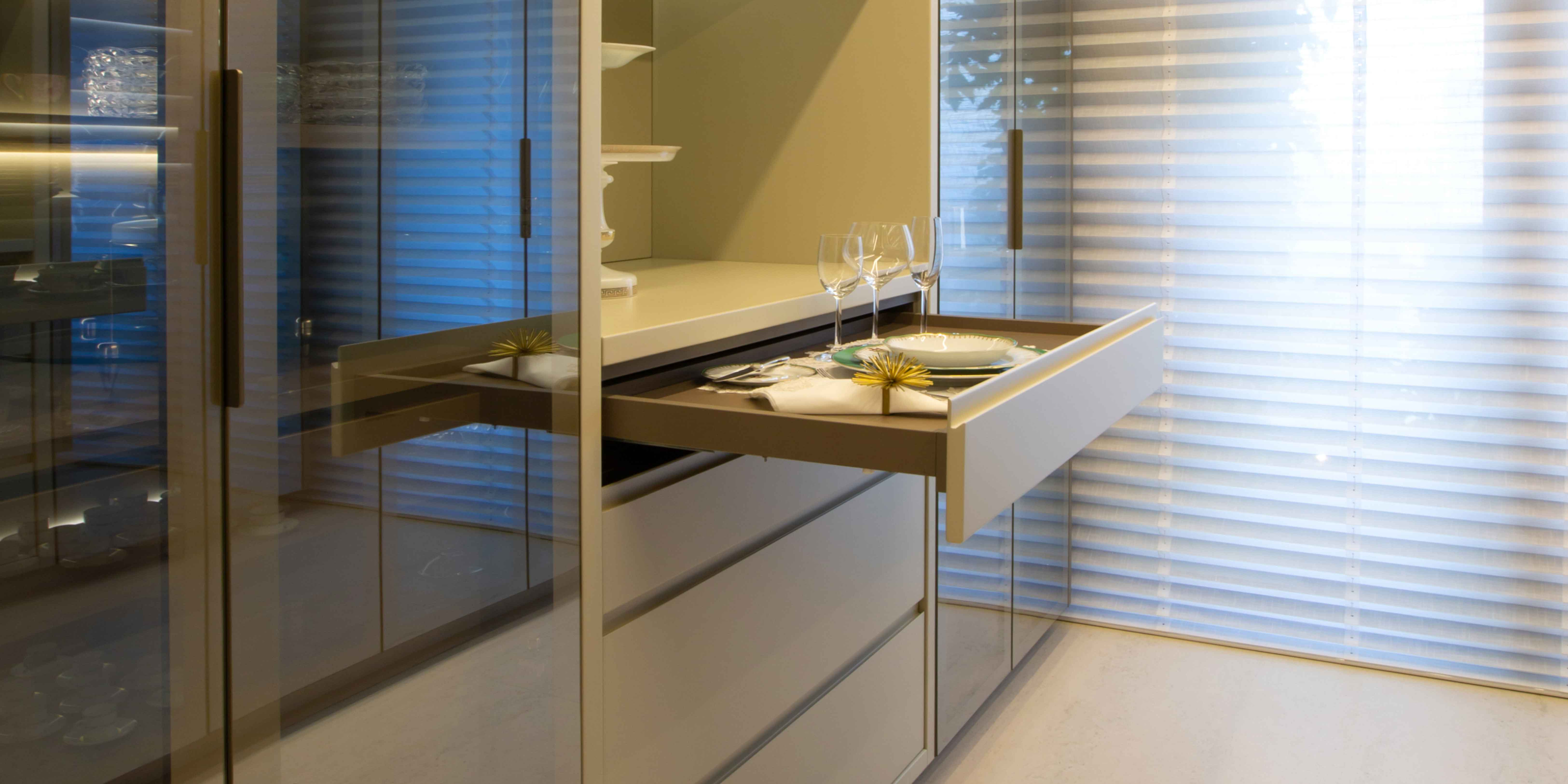 Perfect Blend Of Modern And Impeccable Quality Kitchens. Tailor-Made Kitchens For Homes With Highly Architectonical.